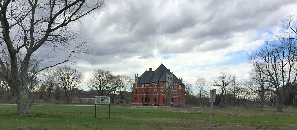Norwich State Hospital, Administration Building, April 2016