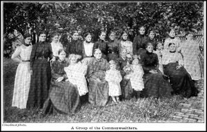 Group photograph of the Woman's Commonwealth, Ainslee's Magazine, September 1902.